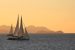 sunset sailing and travel